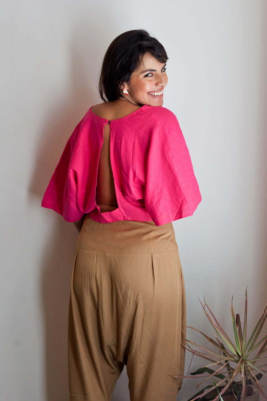 CROPPED ORIENTAL costas